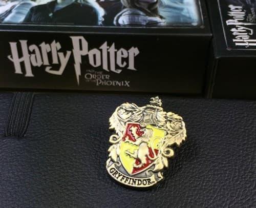 Значок Гриффиндор (Гарри Поттер) - фото 19029