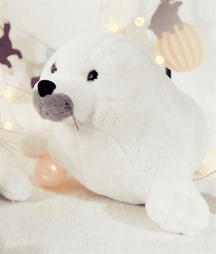 смешные картинки с игрушкой белым тюленем прическа очень хороший