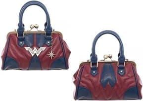 Женская сумка с логотипом Чудо Женщины (Wonder Woman Clamshell Handbag)