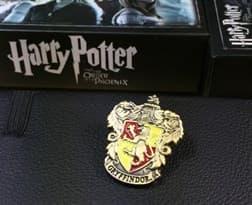 Значок Гриффиндор (Гарри Поттер)