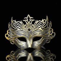 Золотистая венецианская маска купить