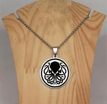 Купить Черно-белый кулон с изображением Ктулху (Cthulhu)
