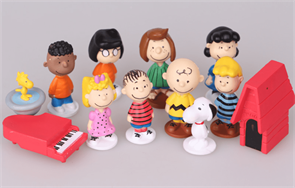 Купить Набор фигурок персонажей мультфильма Снупи и мелочь пузатая (The Peanuts Movie) в Москве