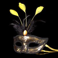 Карнавальная кружевная маска золотистая купить в Москве