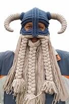 Вязаная шапка Викинга с рогами и белой бородой купить