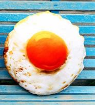 Подушка яичница глазунья