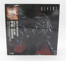 Подвижная фигурка Воин Чужой (Aliens 2 Alien Warrior) купить