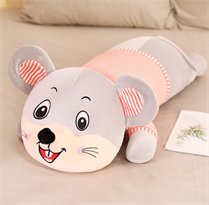 Мягкая игрушка подушка мышь (крыса) серая в полосатой футболке 60 см купить в Москве