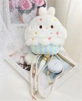 Плюшевая сумка Белое пирожное с жемчужной цепочкой