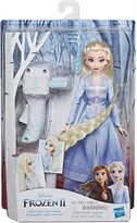 Кукла Эльза Холодное сердце (Frozen II Sister Styles Elsa Fashion Doll Extra-Long Hair, Braiding Tool) купить в Москве