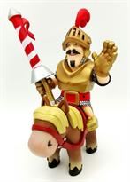 Фигурка Рыцарь в золотисто-красных доспехах Война кланов (Clash of Clans) купить в Москве