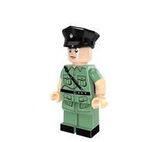 Минифигурка совместима с лего офицер полиции Гонгконга