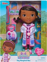 Кукла Доктор Плюшева в бело-розовом халате (Doc McStuffins Toy Hospital Doc Doll) купить в Москве